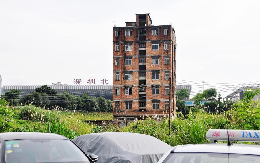 深圳钉子户坚守十几年 曾拒2000万补偿