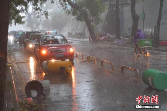 天鸽肆虐珠港澳 为今年以来登陆我国最强台风