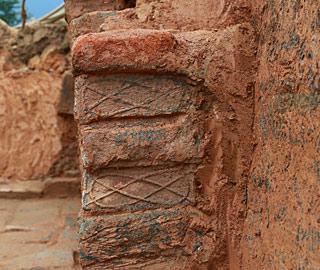 湖南发现东汉末年砖式古墓
