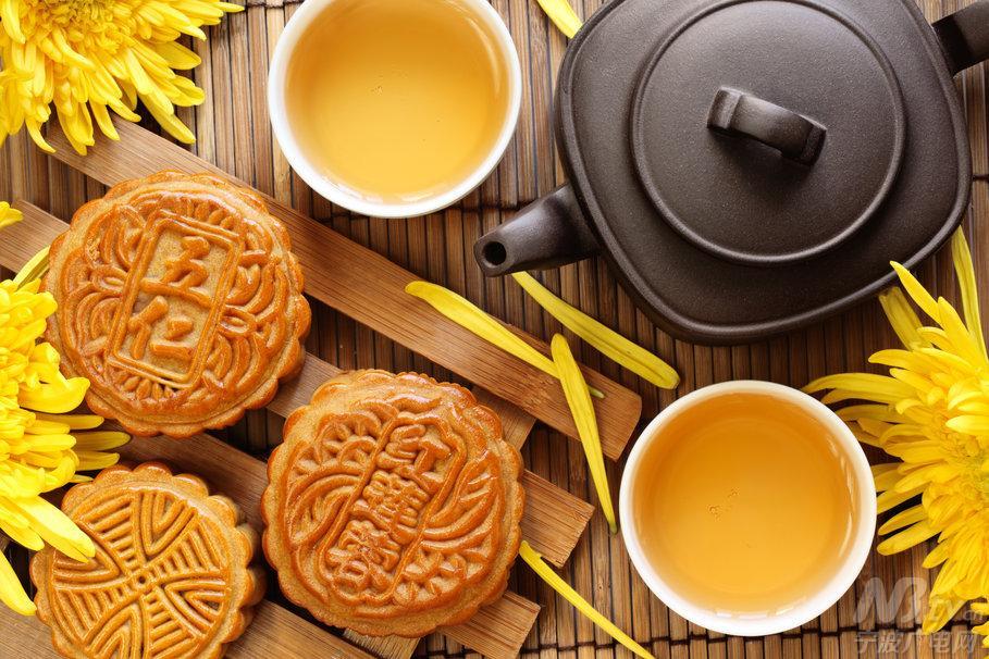 中秋节吃月饼寓意分享展示