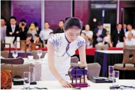 举办旅游饭店服务技能大赛 强化从业人员业务素质