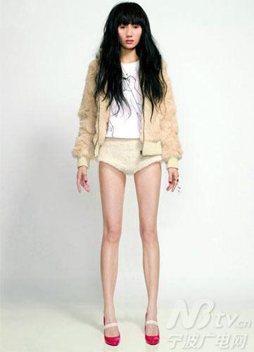 美腿不是 绑 出来的 专家 八岁骨骼已定型