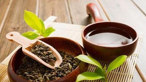 女性经常喝点茶能减肥还能增强免疫力