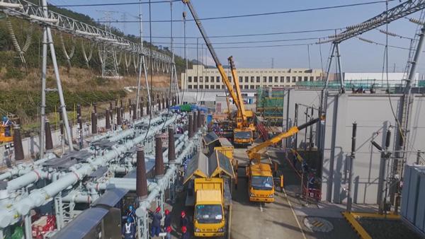 奋战九天 减损70亿元!220千伏邬隘变电站建设工程顺利送电