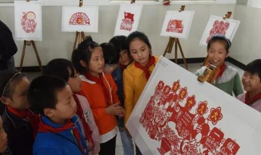 创意满满 嵊州这群孩子用剪纸迎接十九大