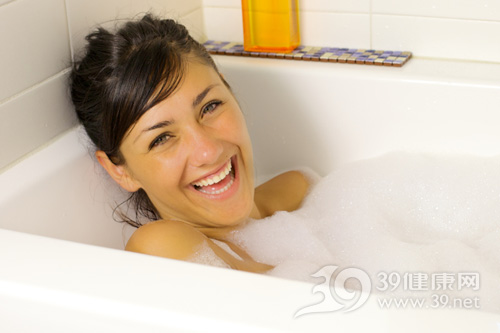 孕妇可以泡温泉吗?孕妇泡温泉该注意哪些问题?