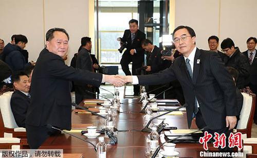韩朝代表团冬奥会开幕式打朝鲜半岛旗共同入场